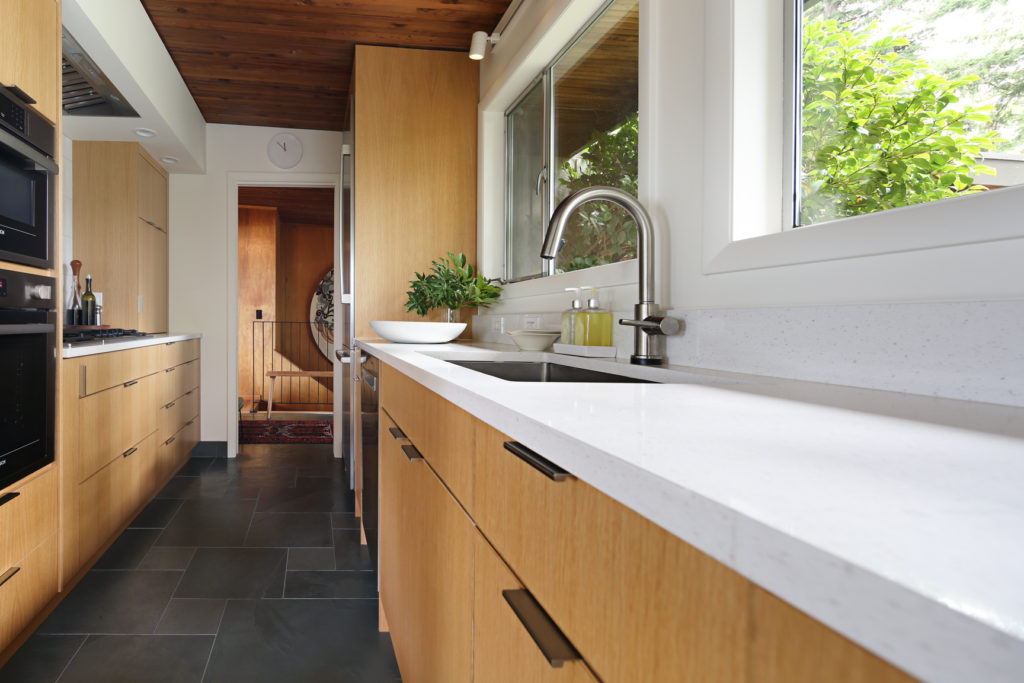 Smith and Vallee cabinets in a Bellingham kitchen remodel